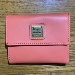 D&B Coral Small Wallet 🦀